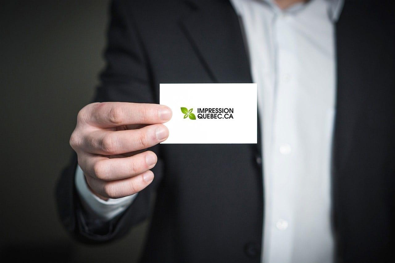 Les cartes d'affaires : quelles options s'offrent à vous?